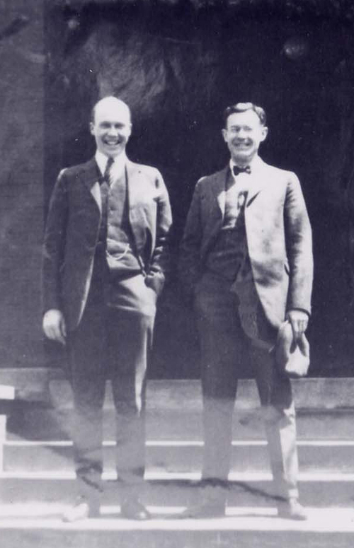 George Kendall and his good friend Insley Osborne [W1906]