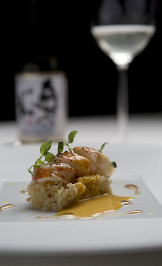 Grilled lobster on rice with uni and coffee, served with sparkling saké.
